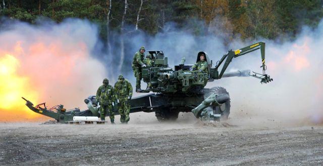 Bofors visar kanoner. Arkivbild. OLA TORKELSSON / TT NYHETSBYRÅN