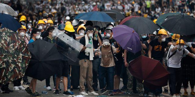 Över en miljon demonstranter har samlats på Hongkongs gator. Vincent Yu / TT NYHETSBYRÅN/ NTB Scanpix