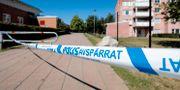 Två personer har avlidit efter skottlossningarna i Vivalla på tisdagskvällen. PAVEL KOUBEK/TT / TT NYHETSBYRÅN