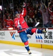 Alexander Ovetjkin firar sitt 600:e mål i NHL.  Alex Brandon / TT NYHETSBYRÅN