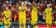 Sverige tackar sina supportrar efter matchen. JOEL MARKLUND / BILDBYRÅN