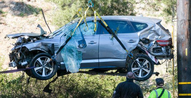 Bilen efter olyckan.  Ringo H.W. Chiu / TT NYHETSBYRÅN