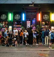 En bar i Köpenhamn efter att restriktionerna lättade i augusti.  'lafur Steinar Rye Gestsson / TT NYHETSBYRÅN