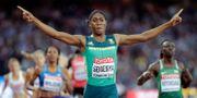 Sydafrikas Caster Semenya vinner guld på 800 meter, London 2017. David J. Phillip / TT / NTB Scanpix