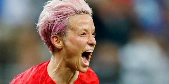 Megan Rapinoe jublar efter 9–0. CHRISTIAN HARTMANN / BILDBYRÅN