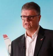 Jacob Schram och finanschef Geir Karlsen.  Terje Bendiksby/NTB scanpix/TT / TT NYHETSBYRÅN