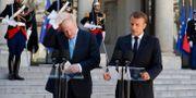 Johnson och Macron vid dagens pressträff. GONZALO FUENTES / TT NYHETSBYRÅN