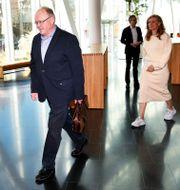 Swedbanks ordförande Göran Persson anländer till pressträffen i samband med årsstämman den 25 mars. Henrik Montgomery/TT / TT NYHETSBYRÅN