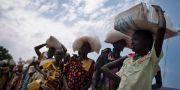 Kvinnor i kö för nödhjälp i Sydsudan. Kate Holt / TT NYHETSBYRÅN/ NTB Scanpix