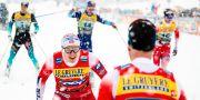 Erik Valnes går i mål.  MATIC KLANSEK / BILDBYRÅN