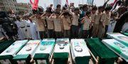 Begravning för offren i en lufträd i Saada, 13 augusti. Hani Mohammed / TT NYHETSBYRÅN
