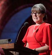 Donna Strickland blev första kvinnan på 55 år att ta emot Nobelpriset i fysik.  Janerik Henriksson/TT / TT NYHETSBYRÅN