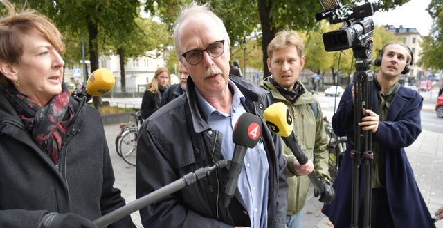 Sekos förbundsordförande Valle Karlsson i mitten. Anders Wiklund/TT / TT NYHETSBYRÅN