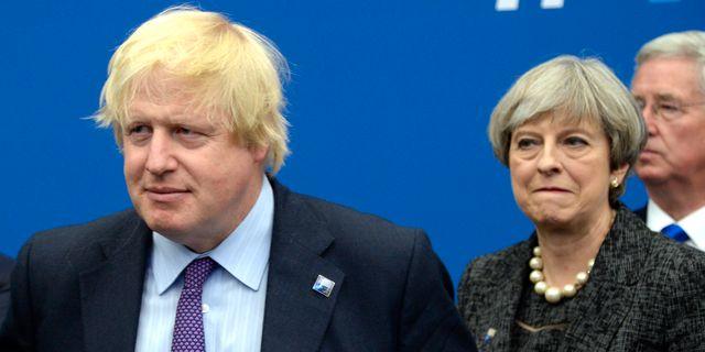 Boris Johnson och Theresa May. Arkivbild.  Thierry Charlier / TT NYHETSBYRÅN/ NTB Scanpix