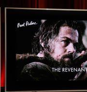 Cheryl Boone Isaacs och John Krasinski presenterade de nominerade till bästa film MARK RALSTON / AFP