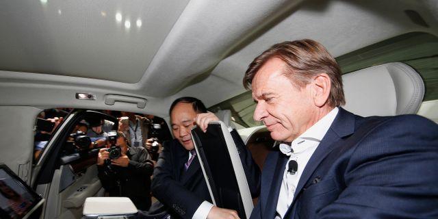 Ordförande Li Shufu och vd Håkan Samuelsson AP PHOTO / TT NYHETSBYRÅN