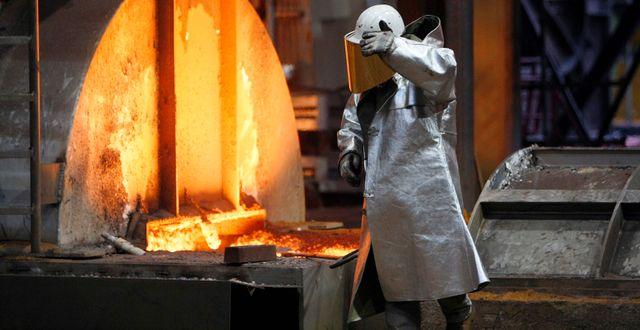 Thyssenkrupps stålfabrik i Tyskland – en ny anläggning ska skära ner på koldioxidutsläppen med tio miljoner ton per år. Martin Meissner / TT NYHETSBYRÅN