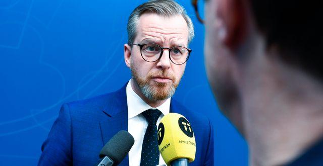 Mikael Damberg (S) efter pressträffen. Naina Helén Jåma/TT / TT NYHETSBYRÅN