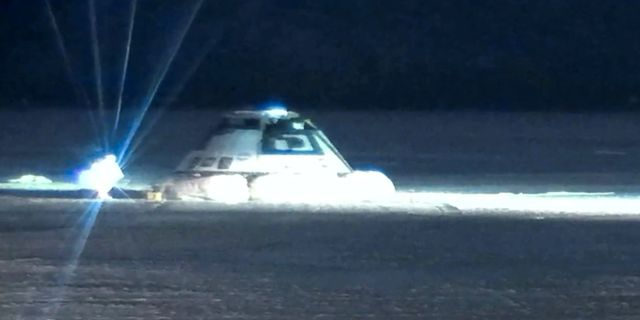 Arkivbild: Starliner-farkosten handade i New Mexicos öken efter ett misslyckat test.  NASA / TT NYHETSBYRÅN