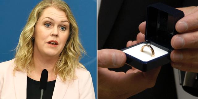 Barnminister Lena Hallengren (S) till vänster. f TT