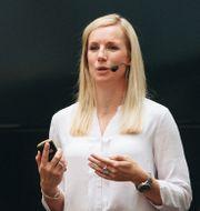 Netent vd Therese Hillman.  Annika Berglund
