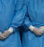 Sjuksköterskor. Arkivbild.  Martin Mejia / TT NYHETSBYRÅN