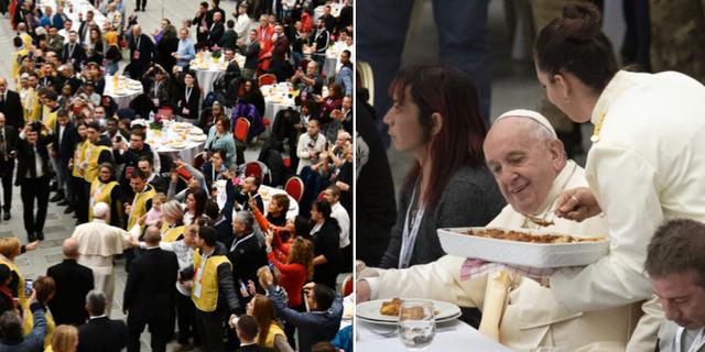 Påve Franciskus vid söndagens lunch för hemlösa och behövande. TT