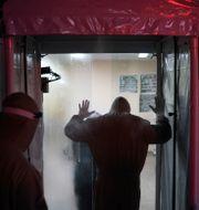Vårdpersonal vid fältsjukhus i Manacapuru. Felipe Dana / TT NYHETSBYRÅN