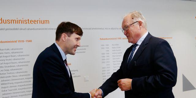 Swedbanks ordförande Göran Persson och Estlands finansminister Martin Helme  INTS KALNINS / TT NYHETSBYRÅN