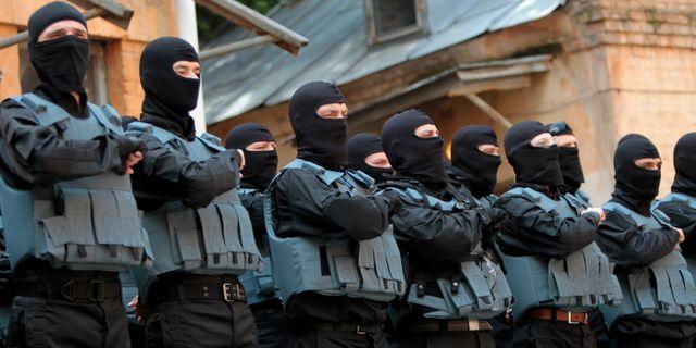 Tre separatister dodades vid forsok till stormning