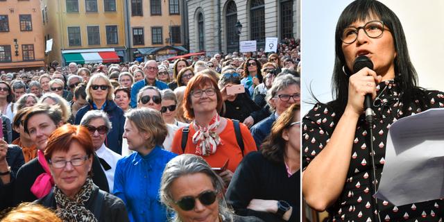 Rossana Dinamarca talar i samband med Knytblusmanifestation - avgå, hela akademien! som hålls på Stortorget i Gamla stan i Stockholm.  TT