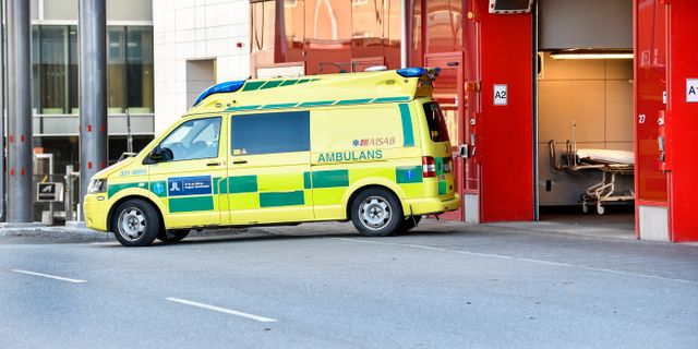 Ambulans i Stockholm. Anders Wiklund/TT / TT NYHETSBYRÅN