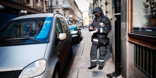 Arkivbild: Parkeringsvakt. Robert Henriksson / SvD / TT / TT NYHETSBYRÅN