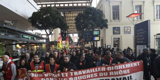 Nya strejker i delat belgien