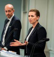 Magnus Heunicke och statsminister Mette Frederiksen. Arkivbild. Martin Sylvest / TT NYHETSBYRÅN