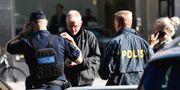 Polisen på plats vid brottsplatsen.  Pontus Lundahl/TT / TT NYHETSBYRÅN