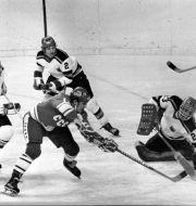 Bild från OS 1976 som Gusev var med och vann. Här gör Sovjets Vladimir Petrov ett mål. TT NYHETSBYRÅN