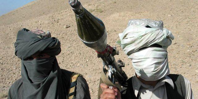 Militanta personer som hävdar att de tillhör talibanrörelsen i oktober 2006. ALLAUDDIN KHAN / TT / NTB Scanpix