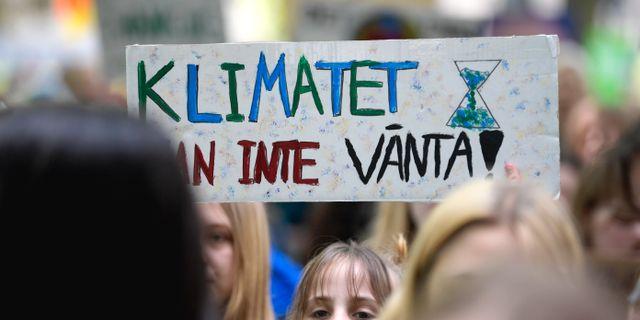 Unga klimatdemonstranter i Stockholm.  Janerik Henriksson/TT / TT NYHETSBYRÅN