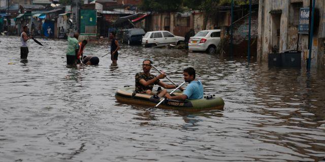 Bild från staden Ahmadabad i Indien. Ajit Solanki / TT NYHETSBYRÅN/ NTB Scanpix