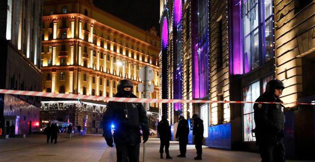 Polisavspärrningar vid platsen  Shamil Zhumatov / TT NYHETSBYRÅN
