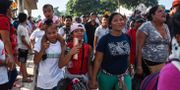 Migranter i karavanen genom Mexiko JOHAN ORDONEZ / AFP