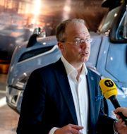 Illustrationsbilder. Volvos ordförande Martin Lundstedt, Ericssons och Telias kontor. TT