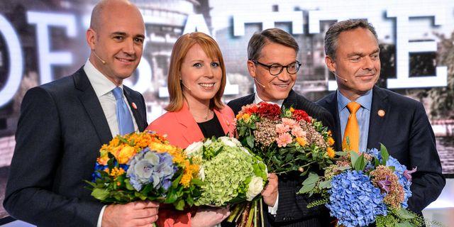 Alliansens Fredrik Reinfeldt (M), Annie Lööf (C), Göran Hägglund (KD) och Jan Björklund (FP) inför riksdagsvalet 2014. ANDERS WIKLUND / TT / TT NYHETSBYRÅN