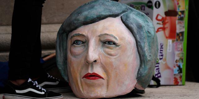En docka av Theresa Mays huvud.  Frank Augstein / TT NYHETSBYRÅN/ NTB Scanpix
