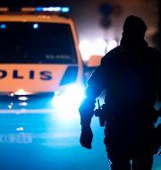 Polis och polisbild. Arkivbild. Johan Nilsson/TT / TT NYHETSBYRÅN
