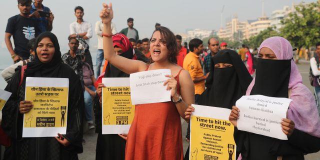 Illustrationsbild. Protester i Mumbai mot sexuellt våld. Rafiq Maqbool / TT NYHETSBYRÅN