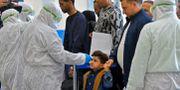 På Najafs flygplats i Irak kontrolleras alla som reser från Iran. HAIDAR HAMDANI / TT NYHETSBYRÅN