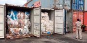 En av containrarna med plastskräp. Sea Seakleng / TT NYHETSBYRÅN/ NTB Scanpix