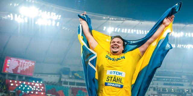 Daniel Ståhl firar sitt VM-guld JOEL MARKLUND / BILDBYRÅN